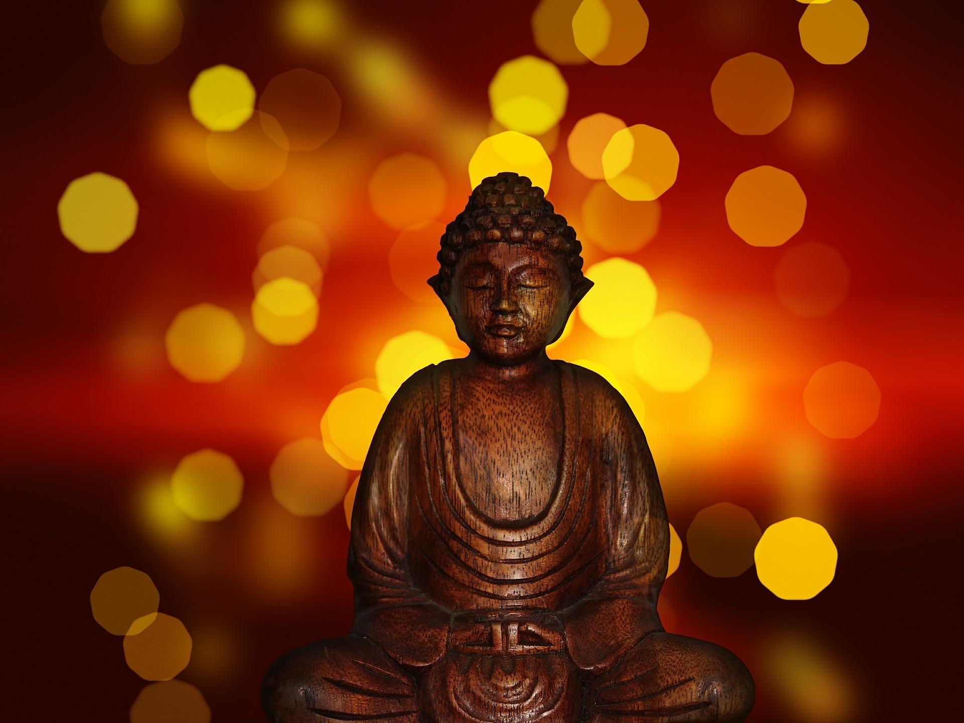 Buddha am Abend
