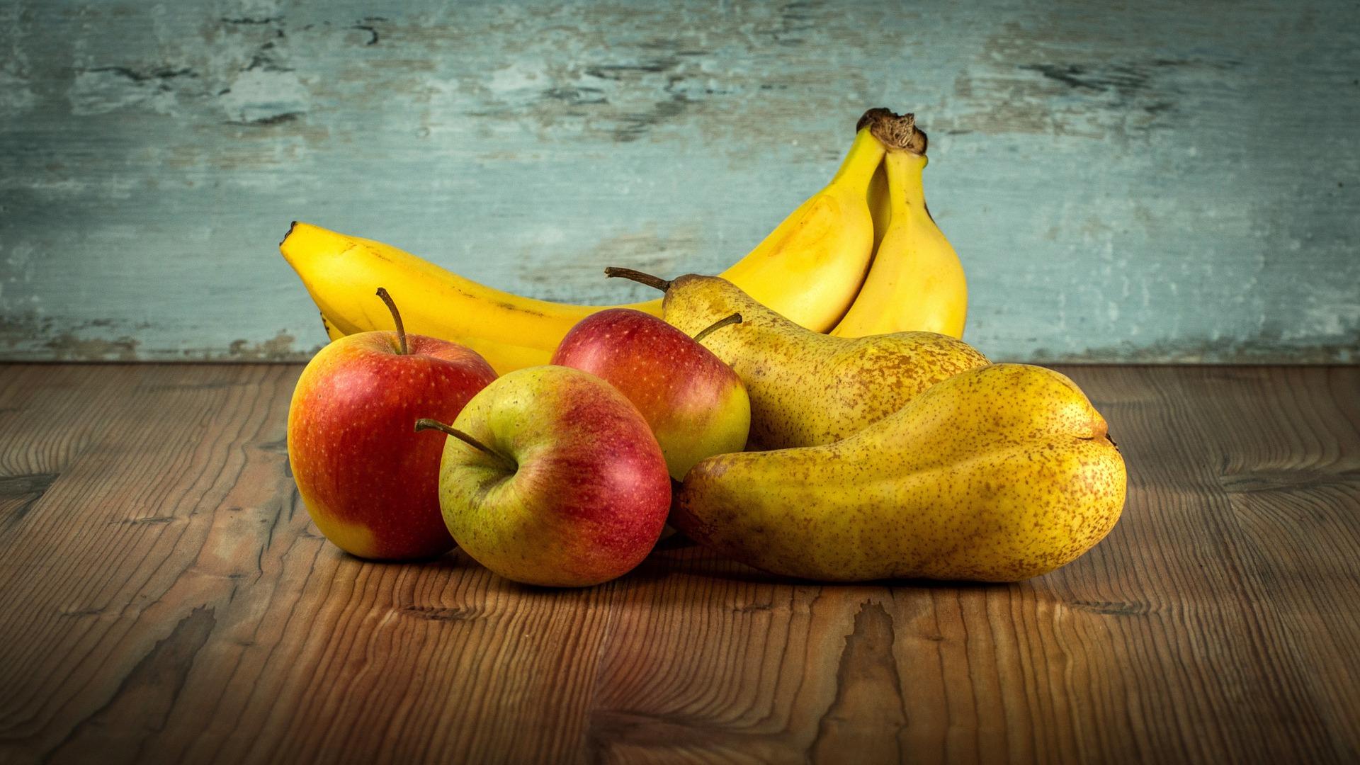 fruit-1213041_1920